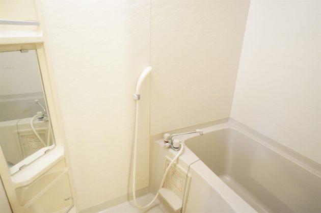 minamiaoyama_residence-402-bathroom-06-sohotokyo