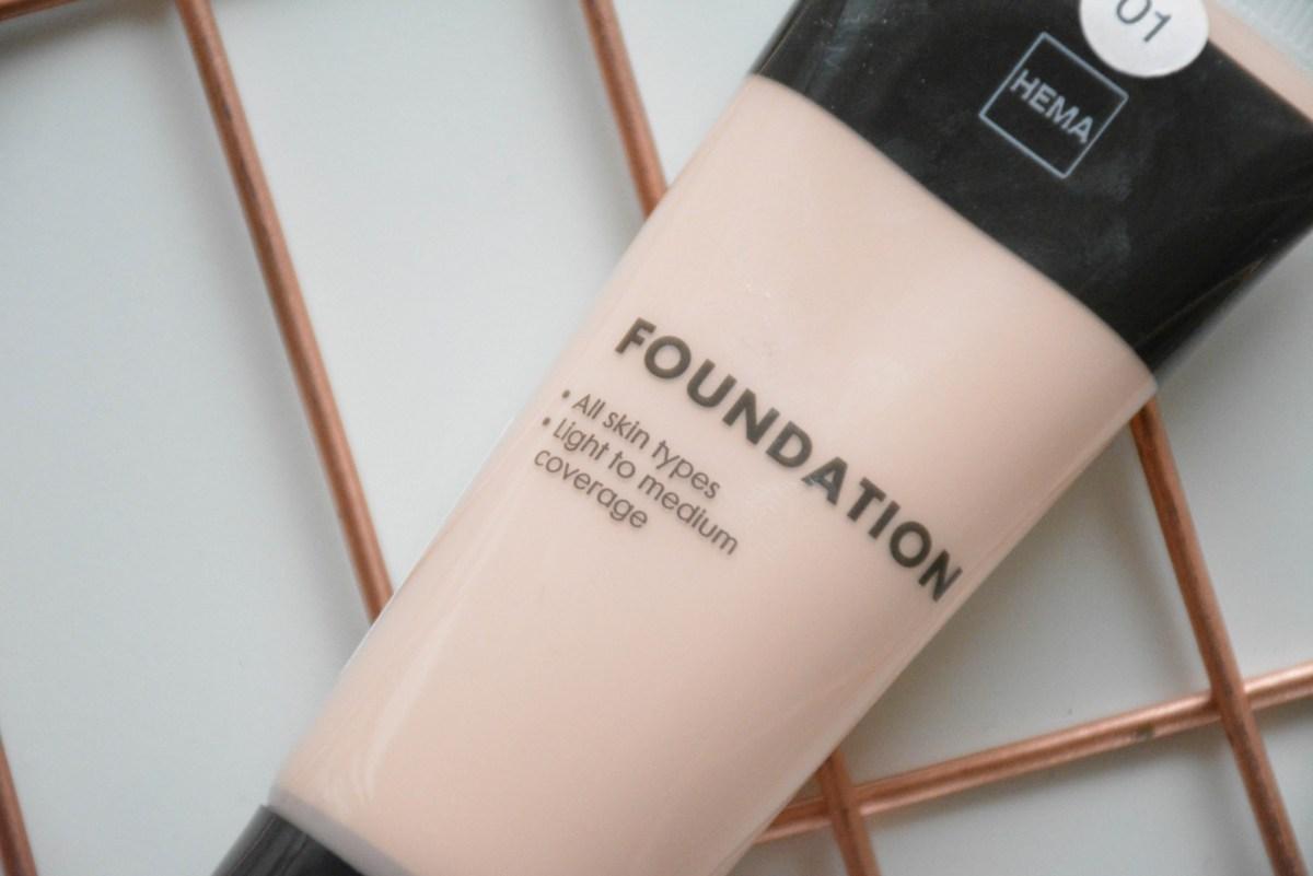 Hema fluid foundation voor maar €3 euro!