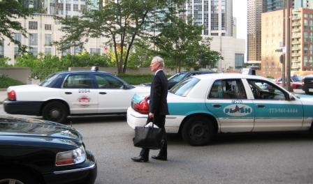 Style Guru Tim Gunn Leaving BlogHer '09