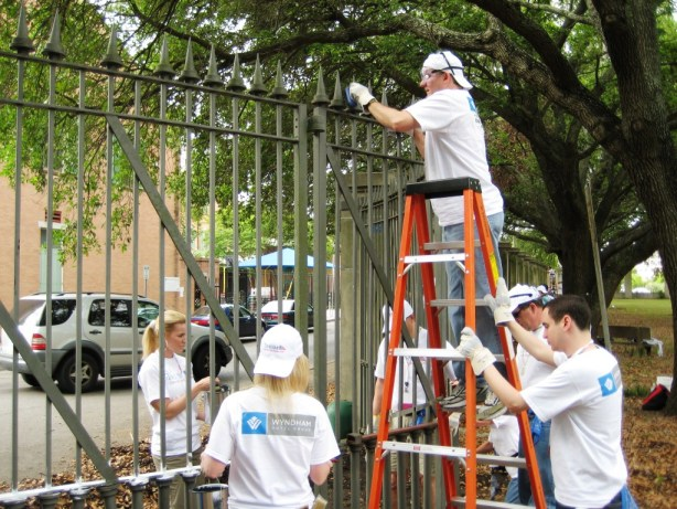 Travel Industry Pros Volunterring during the Tourism Cares Project in New Orleans, Spring 2008