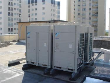 Groupe exterieur de climatisation pour un magasin d'electromenager