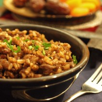 Mujadara (middle eastern baked rice and lentils)