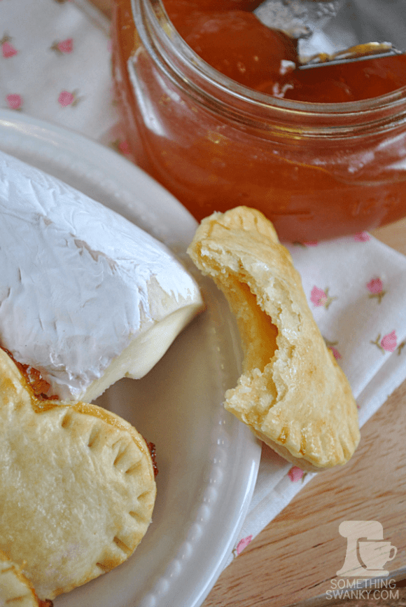 Brie & Jam Hand Pies from www.somethingswanky.com | I'm newly obsessed with Brie Cheese as a dessert, and this is ridiculously easy to make a delicious! #brie #pie #recipe