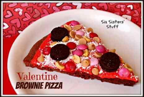 Valentine Brownie Pizza