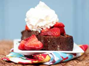 strawberry chocolate shortcake