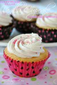 vanilla-cupcakes-with-strawberry-filling-and-strawberry-buttercream