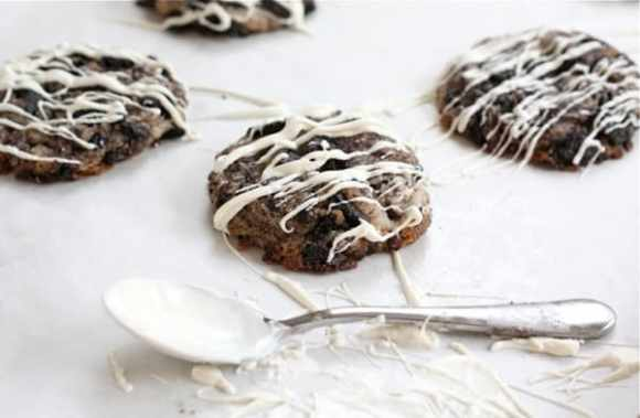 Oreo Cheesecake Cookies