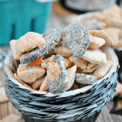 Pumpkin Oreo Muddy Buddies | www.somethingswanky.com