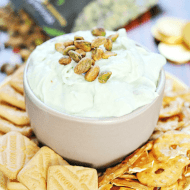Pistachio Cheesecake Dip | www.somethingswanky.com