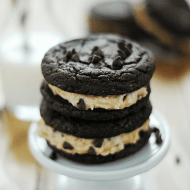 Homemade Cookie Dough Oreos | www.somethingswanky.com