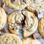 This is my new favorite chocolate chip cookie recipe!