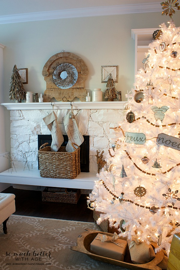 White Christmas tree by Balsam Hill - Holiday Housewalk by somuchbetterwithage.com