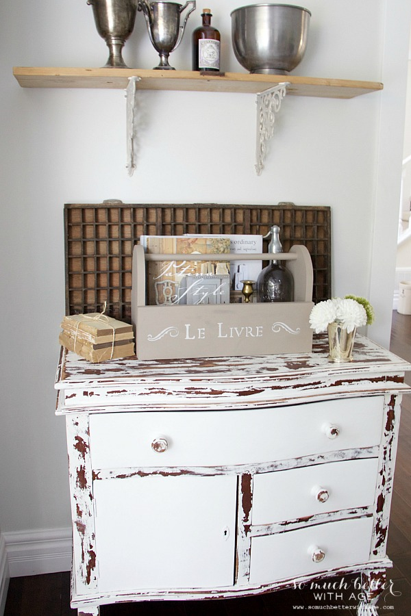 Chippy dresser, French wooden caddy | somuchbetterwithage.com