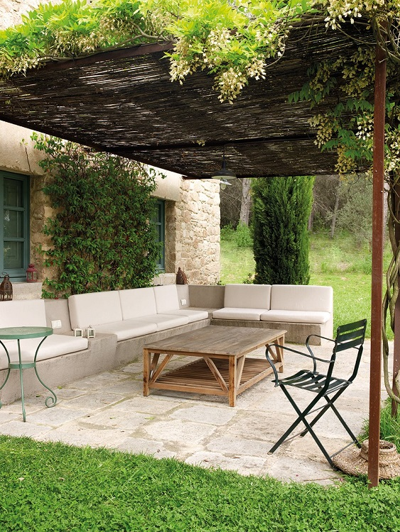 Home-outdoor-living-porch-furniture-before-elmueble