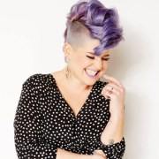 kelly-osbourne-stories-destaque