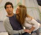 La convivencia entre tus amigos y tu novia puede causarte disfunción eréctil