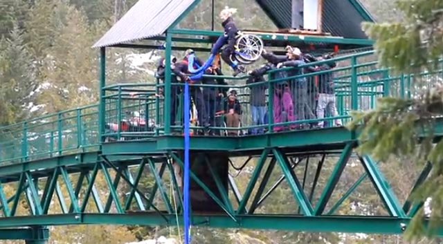 bungee_salto_silla_ruedas