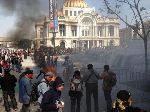 Disturbios-Bellas-Artes-3