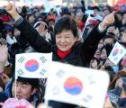 Park Geun-hye se convierte en la primer mujer presidente en Corea del Sur y se respiran aires de Guerra Fría