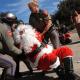 Detienen a Santa Claus afuera del capitolio