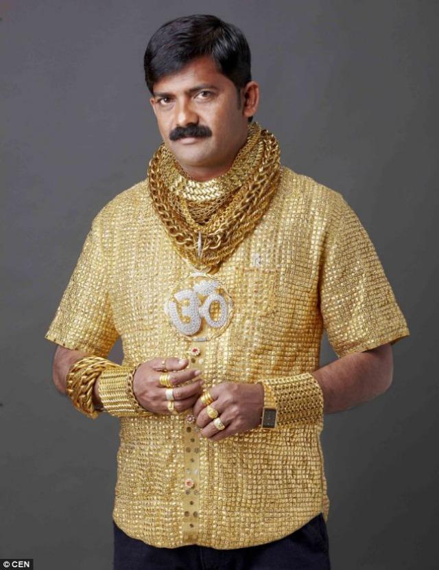Camiseta de oro