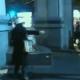 ¡Catfight! Una mujer armada con tijeras vs una experta en tae kwon do