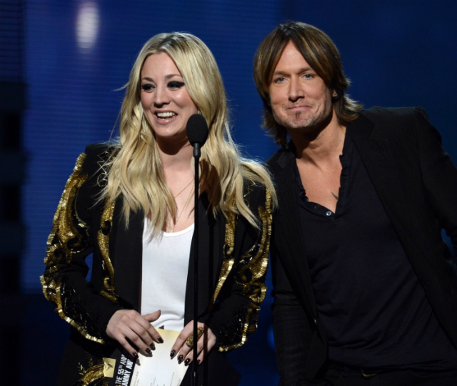 161414670_kaley_cuco_and_keith_urban_kw