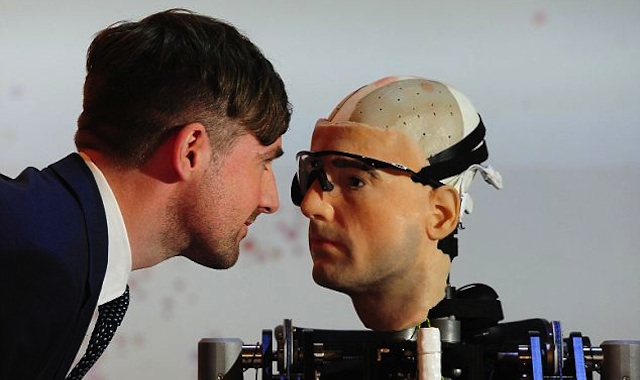 Rex robot humano