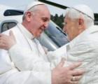 Imágenes de la reunión histórica entre dos pontífices