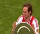 """#EpicFail: Jugador del Ajax hace un """"Sergio Ramos"""""""