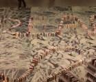 Rompen récord mundial con un efecto domino hecho con puros libros