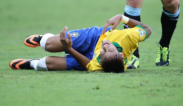neymar falta