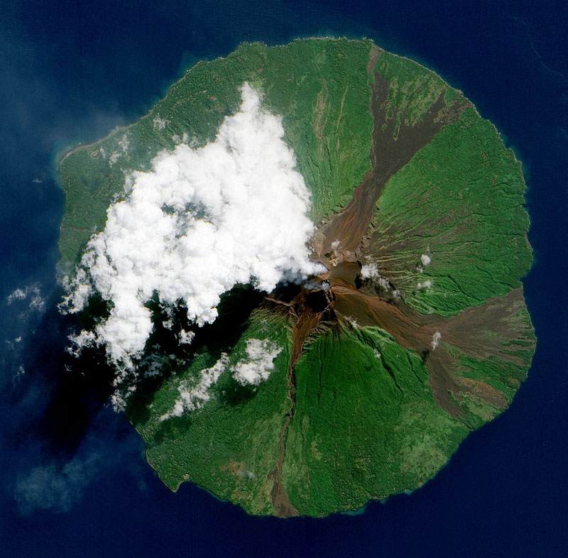 manam-volcano-papua-new-guinea-from-space-aerial-nasa