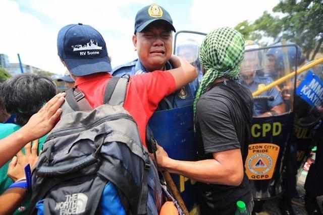 manifestacion_filipina_4