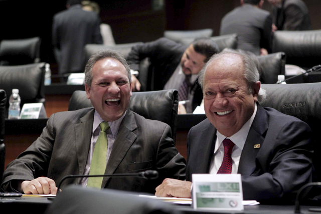 senado_carlos_romero_deschamps-2