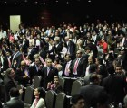 Cada diputado en México gana…¡¡¡150 mil pesos mensuales!!!