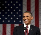 En Denver, Obama se pone jovial... y hasta marihuana le ofrecen