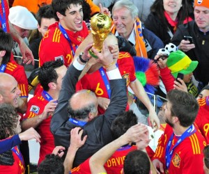 Spain Celebrate with the trophy after winning 1-0