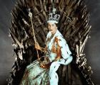 La Reina Isabel visitó el set de Game of Thrones (no es el líder que Westeros necesita)