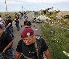 """El avión derribado en Ucrania cayó por """"objetos disparados desde el exterior"""""""