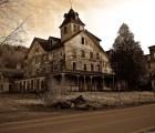 Ya puedes comprar tu propia casa embrujada