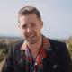 """Kaiser Chiefs trata de escapar de una isla en el video de """"My Life"""""""