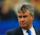 Gus Hiddink es el nuevo entrenador de Holanda