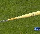 Yasiel Puig hace swing y rompe el bat ¡sin tocar la pelota!