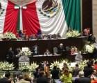 """Con funeral, vibora y teatro, aprueban Ley de Presupuestos para """"Pemexproa"""""""