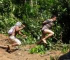 Así se defiende tribu amazónica de taladores ilegales