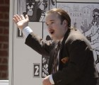 Haley Joel Osment, de niño que ve gente muerta a periodista gordo que apoya a los nazis