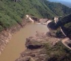 Contenciones fallaron:  más derrames sobre ríos de Sonora