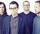 "Weezer toma un cohete a la luna para el video de ""Back to the Shack"""