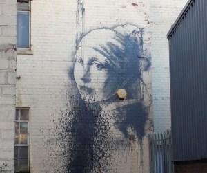 Aparece nueva obra de Banksy... fue atacada